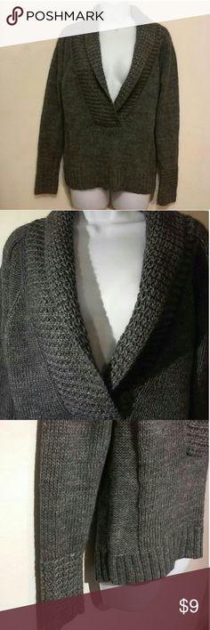 ANN TAYLOR LOFT DEEP VEE ALPACA COLLARED SWEATER See my other cute items**  small, 72% acrylic, 25% alpaca, 3% wool. Ann Taylor LOFT Sweaters Crew & Scoop Necks