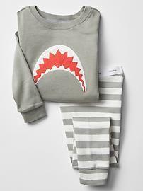 Shark sleep set