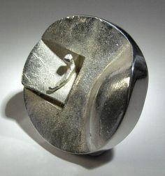 Björn Weckström for Lapponia Jewelry, vintage modernist sterling silver ring, 1969. #Finland #Spaceage