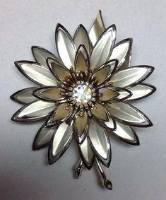 Vintage Flower Brooch Lot of 3 Vintage Flower Brooches Gold Silver needs TLC    eBay