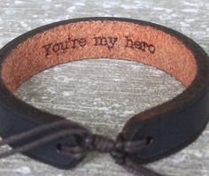 Mannen lederen armband  Father's Day van GoWildBoutique op Etsy