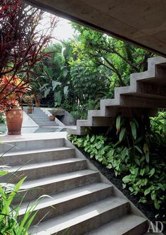 Find Out: 15 Modern Garden Stairs Ideas Bring Perfection Obviously Landscape Architecture, Landscape Design, Building Architecture, External Staircase, Garden Stairs, Exterior Stairs, Stucco Exterior, Concrete Stairs, Outdoor Stairs