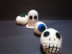 Halloween Decorations in White Set of 4: Ghost by MadebyJody666