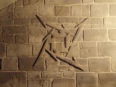 PLÉYADE ARTE APLICADO. Relieve en piedra artificial de cemento TXT.