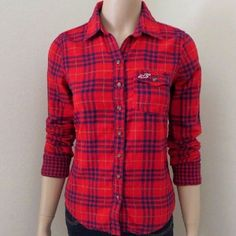 Hollister plaid button down top Small +Great used condition +Button down plaid +Brand: Hollister +Size: Small +NO trades; Offers always welcome Hollister Tops Button Down Shirts