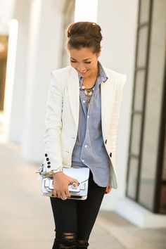 Casual Friday :: Soft chambray - I can do this outfit; just need a chunky gold necklace