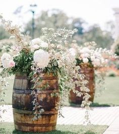 [tps_header]Rustic wedding ideas are all the rage right now! This week, the DeerPearlFlowers wanted to bring you the best wine barrels inspiration for rustic arches, barn weddings, and country-themed wedding reception. Rose Photography, Background For Photography, Photography Backdrops, Photography Backgrounds, Chic Wedding, Wedding Table, Rustic Wedding, Wedding Ideas, Wedding Cakes