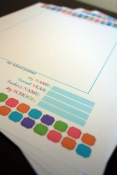 Free printables to create folders to organize kids school work for hanging file. I need to try this new system this year. The binder wasn't good for artwork or 3-D papers