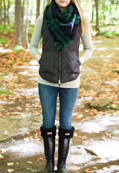 Plaid & Pearls: JCrew vest, plaid blanket scar, and hunter boots // Preppy fall fashion