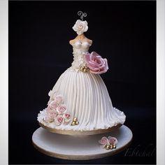 Wedding dress - Cake by Ebtehal Girly Cakes, Fancy Cakes, Fondant Cakes, Cupcake Cakes, Cupcakes, Gorgeous Cakes, Pretty Cakes, Wedding Dress Cake, Wedding Cakes