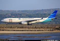 Garuda Indonesia Airbus A330-341 aircraft picture