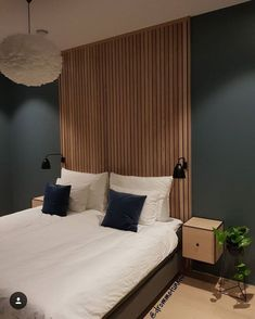 bedroom ideas 2019 Morden Master Bedroom Paint Colors Today I have put together a collection of inspiring master bedroom ideas with beautiful color schemes that will create visual interest, comfort and warmth. Home Decor Bedroom, Modern Bedroom, Bedroom Furniture, Bedroom Ideas, Master Bedrooms, Bedroom Suites, Bedroom Tv, Dresser Furniture, Luxury Bedrooms
