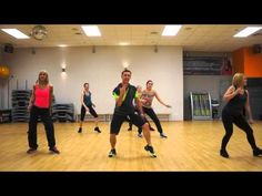 ZUMBA - Watch Out for this ( Moombathon ), 4 min. 15 sec., fun!