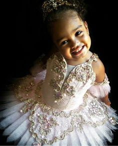 Little ballerina  #littlesugarplum #sugarplum #fadaaçucarada #nutcraker  #tutu #ballet
