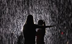 """Rain Room"", Museum of Modern Art (MoMA), New York, 15 maggio 2012 (Mario Tama/Getty Images)"