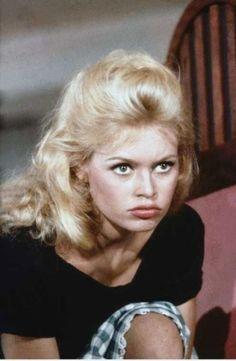 Brigitte Bardot http://brigittebardot.canalblog.com