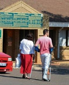 Oscar Pistorius's father, Henke, was one of the first visitors at Pretoria's Kgosi Mampuru II prison to visit his son, a report says. Oscar Pistorius, Pretoria, Trials, Prison, Sons, Father, Sayings, Pai, Lyrics