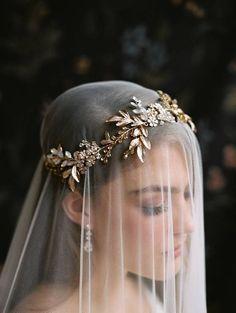 Headband Veil, Headpiece Wedding, Bridal Headpieces, Gold Headpiece, Long Wedding Veils, Wedding Garters, Diy Wedding Veil, Garter Wedding, Unique Wedding Gowns