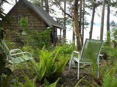 Cute, cozy affordable waterfront cabin near La Conner #Washington
