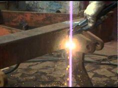Corte com eletrodo de grafite - corte con el electrodo de grafito- cut w...