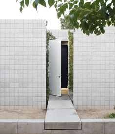 For the duo of young architects behind the firm Atherton Keener, the harsh, ever-changing light of Phoenix, Arizona, desert served as inspiration for their minimal and malleable home. Photo by: Ye Rin Mok