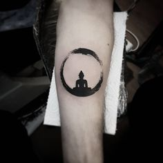 #meditation #zen #circle le #buddha #blackworkers #black #work #tattoo #beratbumin #baykuşevi #art