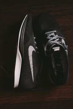 Nike Flyknit Racer || custom or not?