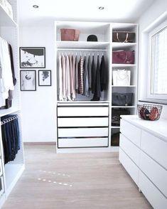 "Ikea ""Pax"" walk-in-closet - Room Decoration İdeas Bedroom Closet Design, Closet Designs, Bedroom Decor, Bedroom Ideas, Best Closet Organization, Wardrobe Organisation, Organization Ideas, Organizing Tips, Walk In Closet Ikea"