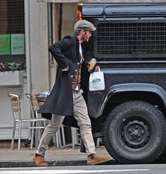 Saint Laurent Chelsea Boots, Stylish Men, Men Casual, Street Style Outfits Men, Chelsea Boots Outfit, David Beckham Style, The Beckham Family, Brooklyn Beckham, Mens Boots Fashion