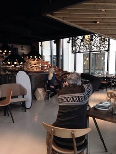 Behind the scenes at We Norwegians photo shoot, at the amazing Vaaghals restaurant in Oslo.