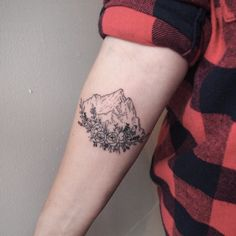 Mountain tattoos represent hurdles in life that must be overcome. Usually, mount… Mountain tattoos represent hurdles in life that must be overcome. Usually, mountain tattoos are partnered with trees as in real life. Piercings, Piercing Tattoo, Rebellen Tattoo, Get A Tattoo, Tattoo Quotes, Tattoos Mandala, Tattoos Geometric, Flower Tattoos, Pretty Tattoos