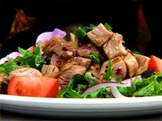 Seared Ahi Poke Salad This delicious recipe was provided compliments of world famous Chef Chai of Chais Island Bistro. Breakfast Lunch Dinner, Dessert For Dinner, Poke Salad, Ahi Poke, Different Salads, Seared Ahi, Hawaiian Recipes, Luau, Soup And Salad