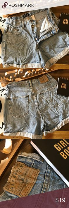 Gap High Waisted Jean Shorts Sz 10 Gap Jean Shorts! Sz 10 *gently used preowned condition *high waisted *slightly wrinkled will be steamed GAP Shorts Jean Shorts