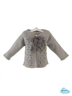 Detalle de la chaqueta de bebé http://www.pequesybebes.es/conjuntos-bebe-nino-nina-invierno/480-conjunto-bebe-chaqueta-camisa-ranita-terciopelo.html
