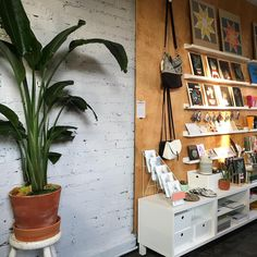 Maker Goods shop. Wednesday's are cool when you are your own boss. Wilco on the radio plus sewing machine hums.