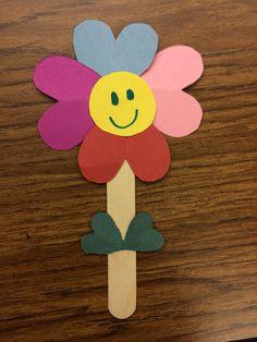 Spring Crafts for Kids / Preschoolers & Toddlers to make this season of new . - Spring Crafts for Kids / Preschoolers & Toddlers to make this season of new beginnings – Hike n Dip Kids Crafts, Valentine Crafts For Kids, Daycare Crafts, Bunny Crafts, Sunday School Crafts, Mothers Day Crafts, Craft Stick Crafts, Flower Crafts, Preschool Crafts