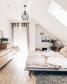 has found a perfect furniture arrangement for her beautiful bedroom with a sloping roof 😍💗👍 # bedroom… ideas sloping roof Elegant Home Decor, Elegant Homes, Unique Home Decor, Bedroom Goals, Home Bedroom, Bedroom Decor, Bedroom Ideas, Budget Home Decorating, Wholesale Home Decor