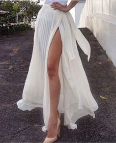 White Plain Draped Split Floor Length Loose Chiffon Skirt