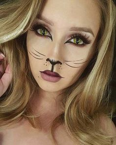 23 Fett und schöne Sommer-Make-up-Ideen - Cat, Cheetah, Deer and Fox Makeup and Facepaint - halloween costumes Halloween Makeup Clown, Pretty Halloween, Halloween Cat, Cat Costume Makeup, Wolf Make Up Halloween, Flapper Makeup, Clown Makeup, Wolf Makeup, Cat Eye Makeup