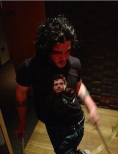 "Jon Snow wearing a shirt with Robb Stark on it: | ""Game Of Thrones"" Actors Doing Normal Stuff Is So Weird"