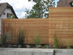 Peter Studer Holzbau AG - Privacy screen from Arx, Wangen - Peter Studer Holzba.- Peter Studer Holzbau AG – Privacy screen from Arx, Wangen – Peter Studer Holzbau AG – Privacy screen from Arx, Wangen – Backyard Patio Designs, Backyard Fences, Front Yard Landscaping, Garden Fences, Modern Landscaping, Landscape Design, Garden Design, Ideas Para El Patio Frontal, Pergola Diy
