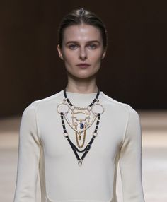 extravagant collared necklaces - Le collier harnais haute bijouterie d'Hermès