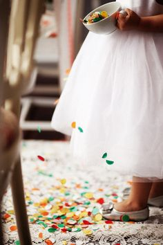 confetti for the flower girl