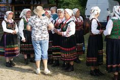 old ladies in traditional costumes on Watra Zdynia