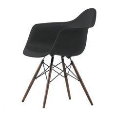 Eames DAW stoel met donker esdoorn onderstel