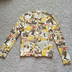 J crew sweater sz sm Beautiful vintage j crew ski lodge sweater ! Great condition except for flaws shown in pic. No pulling. Stitching coming undone at sleeve and small run in left armpit. J. Crew Sweaters