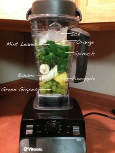 Smoothies are a great way to start your day and great for on the go! Healthy breakfast smoothie recipe
