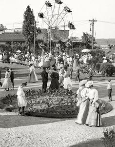Kingston, New York, circa Kingston Point Park. Old Pictures, Old Photos, Vintage Photographs, Vintage Photos, Kingston New York, Portraits Victoriens, Ask The Dust, 1920s, San Francisco Earthquake