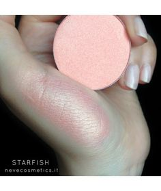 Starfish single blush The primary make use of of model makeup is generally traced here Makeup Palette, Eyeshadow Palette, Pink Eyeshadow, Eye Palette, Coral Pink, Blush Pink, Blush Rosa, Eye Makeup, Hair Makeup