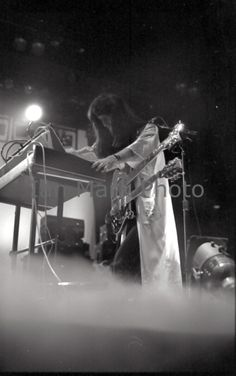 """Rush """"A Farewell to Kings"""" Tour Pictures - Stampede Corral - Calgary, Alberta - September 1977 Great Bands, Cool Bands, Geddy Lee Bass, Rush Music, Rush Concert, A Farewell To Kings, Rush Band, Neil Peart, Mercury Records"""